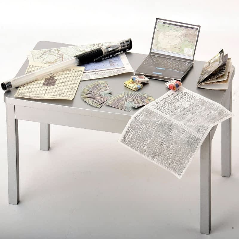 12set-lots-1-6-scale-cigarette-case-newspaper-magazine-computer-full-paper-model-display-for-12.jpg