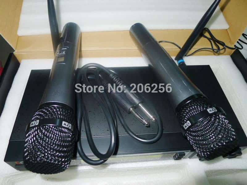 High-Quality-700-850MHz-UHF-Wireless-Microphone-System-DJ-Karaoke-2-Handheld-microphone-Transmitter-consumer-electronics.jpg