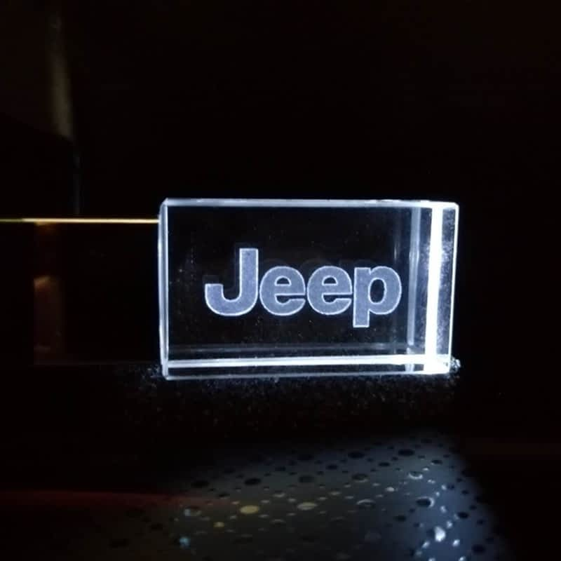 New-Car-JEEP-Logo-kristal-metalen-USB-flash-drive-pendrive-4GB-8GB-16GB-32GB-64GB-128GB.jpg