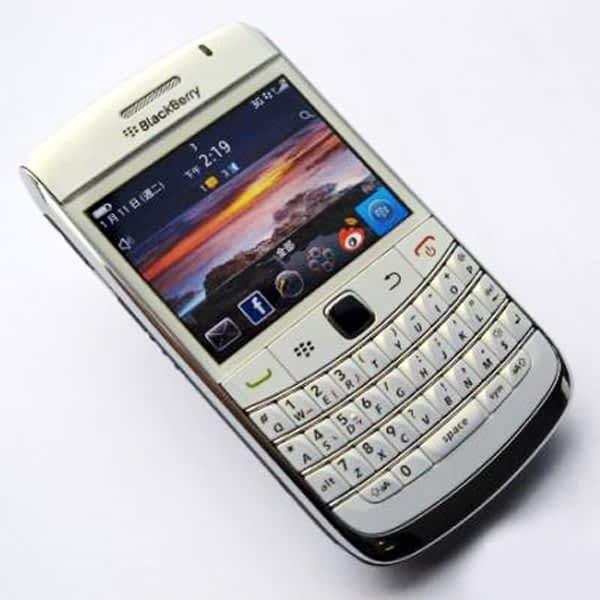 Refurbished-Original-Blackberry-Bold-9780-Mobile-Phone-5MP-3G-WIFI-GPS-Bluetooth-Qwerty-Keypad-9780-Cellphone.jpg